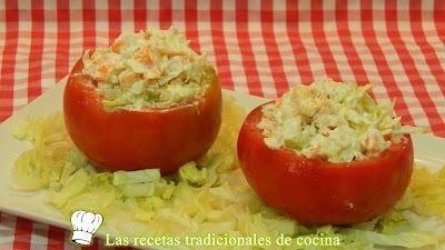 Cómo hacer tomates rellenos de ensalada
