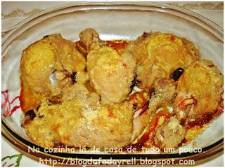 coxa e sobrecoxa de frango assada crocante