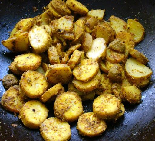 Kancha Kadali besarabhaja (Raw bananna sukhi bhaji with mustard paste)