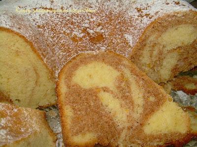 Συννεφιασμένο κέικ κανέλας με ελαιόλαδο