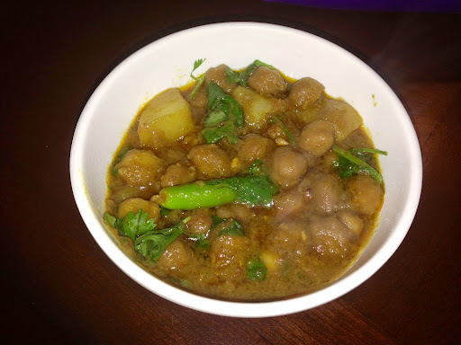Aloo Chholay Chickpea and Potato Curry