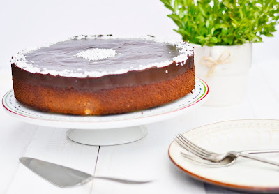 Cokoladova bodkovana torta