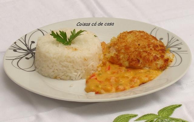 Frango crocante com molho leve de pimentão