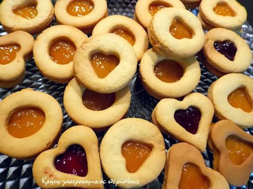 Σαμπλέδες :βουτυράτα μπισκότα  με την  εξελληνισμένη εκδοχή της γαλλικής pâte sablée