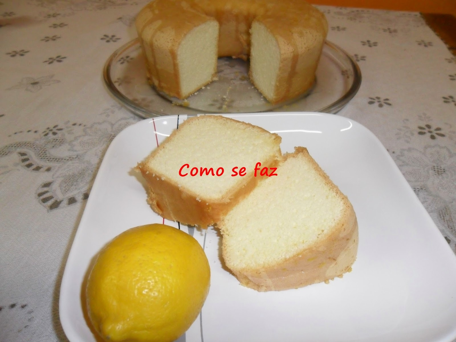 Bolo brevidade com cobertura de limão siciliano