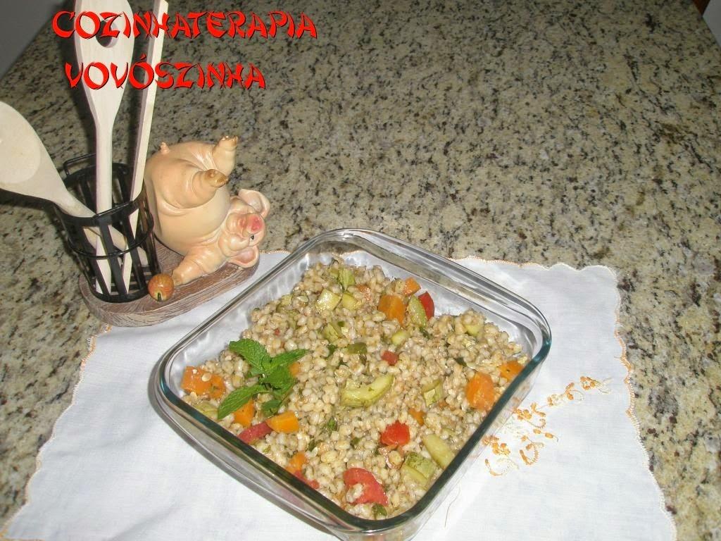 Salada de Cevadinha ao Pesto