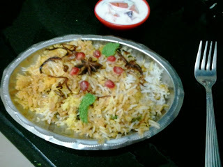 thalassery chicken dum biryani with coconut chutney