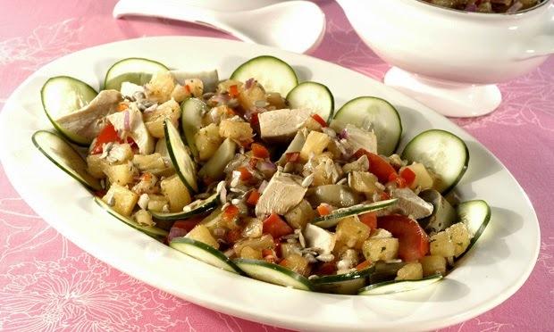 Salada de Batata-Doce com Abacaxi