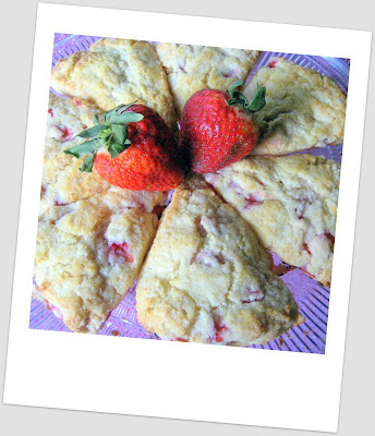 Breakfast Series - Scones de Morango