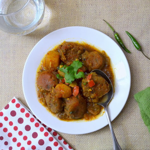 Lentil Dumplings Curry - masoor dal-er borar jhol/jhal