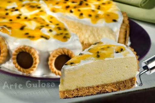 torta mousse de maracujá com biscoito maisena