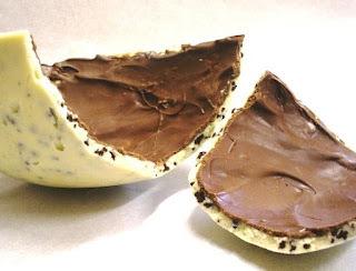 Ovo de Páscoa Branco crocante