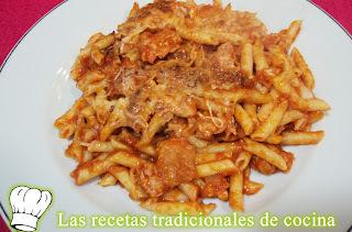 Receta de macarrones con salsa boloñesa o con tomate