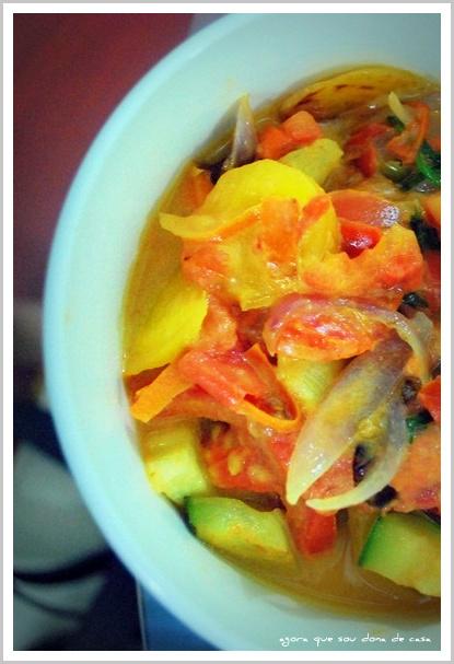 nem só de peixe se faz uma moqueca: moqueca de vegetais