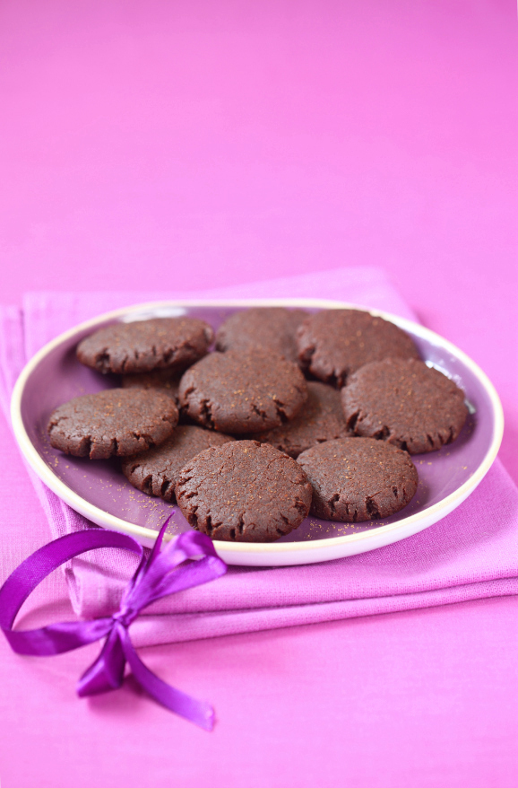 Постное шоколадно-малиновое печенье / Bolachas de chocolate e framboesa (sem leite e ovos)