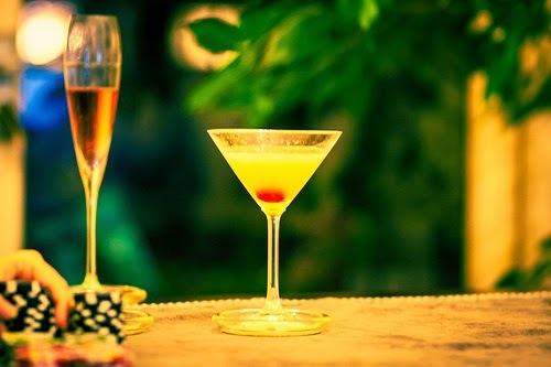 Recette de punch au champagne, Kirsch (Rhum ou Cognac) et à l'ananas