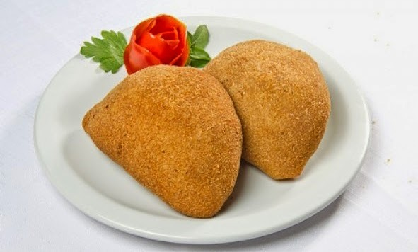 Receita de Risole de Pasta de Salsicha com Ricota