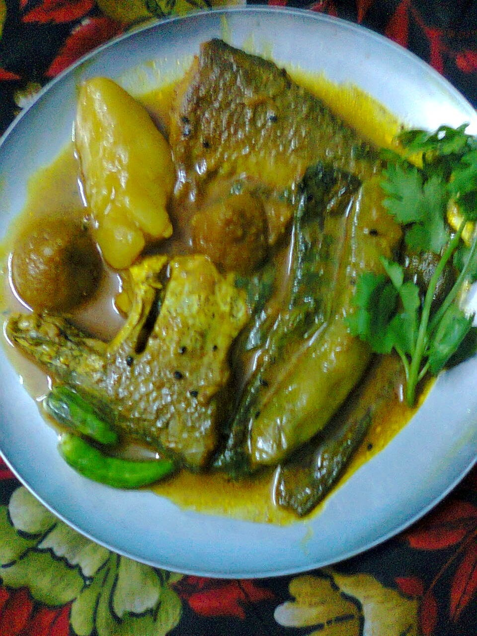 Foli Fish (Bronze featherback) Light Gravy With Vegetable.
