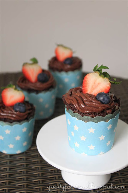 Recipe: Brownie cupcakes with salted chocolate frosting (Curtis Stone)