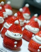 Frutillas con crema navideñas