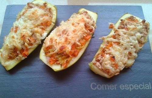 Calabacines rellenos de atún y verduras