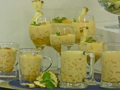 creme gelado de abacaxi com gelatina