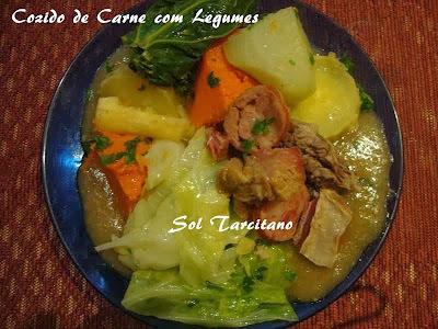 cozido de carne bovina carne salgada e legumes