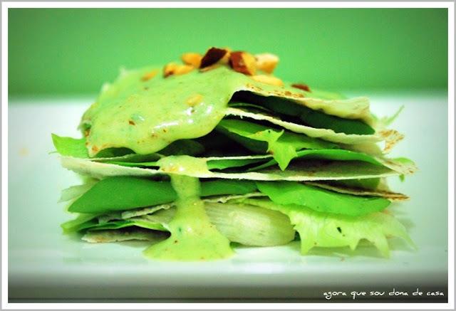 nova forma para a velha fórmula: salada em folhas