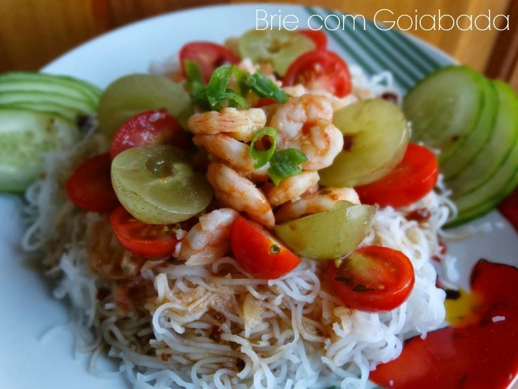 Salada de Bifum com Camarões