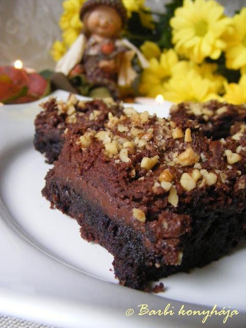 Eredeti amerikai nutellás brownie (nálam mogyoró helyett dióval)