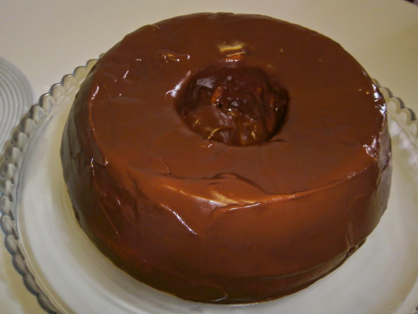 cobertura de bolo com nata e chocolate