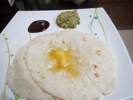 Akki Rotti (Rice Flour Roti)