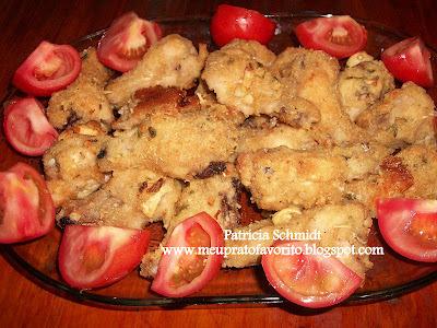 asinha de frango empanado no forno