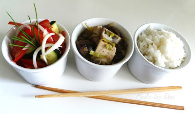 Tofu so šampiňónami, pórom a zázvorom