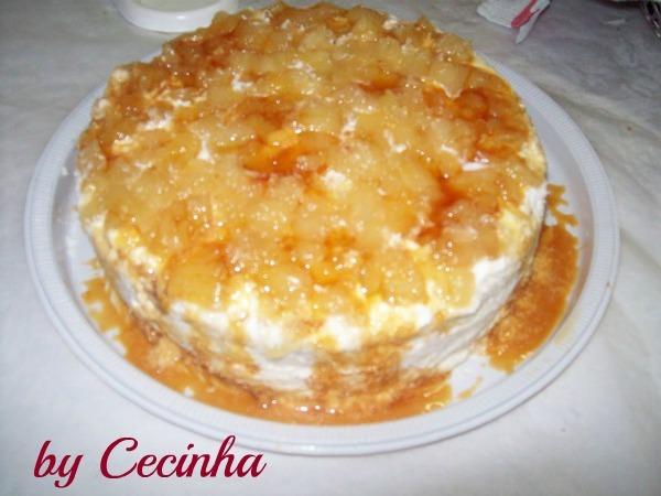 Torta delícia de abacaxi: Cecinha