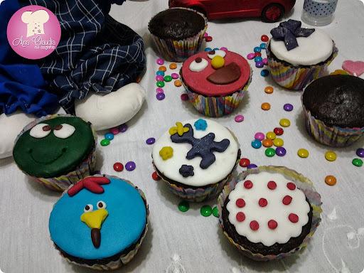 cupcake cenoura cobertura chocolate 12 cupcakes