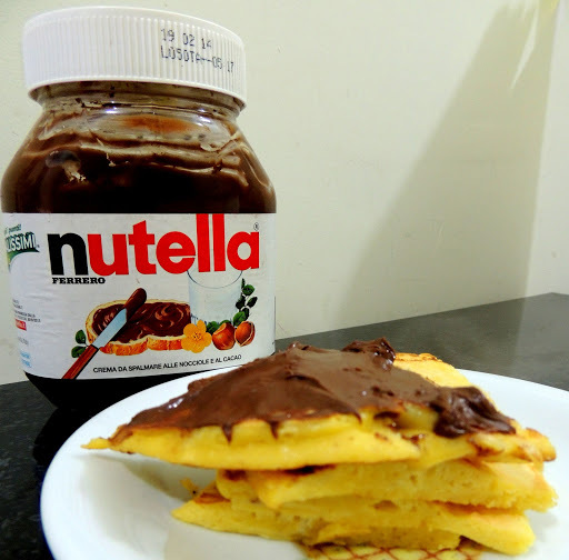 PANQUECA AMERICANA COM NUTELLA