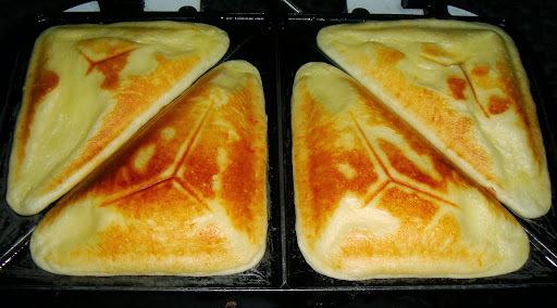 Receita de Pão de Queijo na Sanduicheira