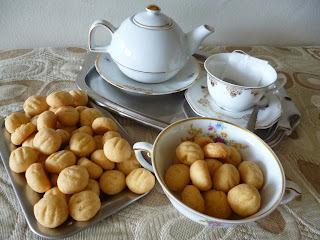 passo a passo biscoito de farinha de trigo e queijo assado
