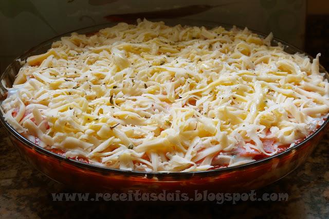 como fazer lasanha de frango com massa pronta