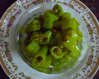 Pachai Molagai Pisiral - Green Chilly Pickle