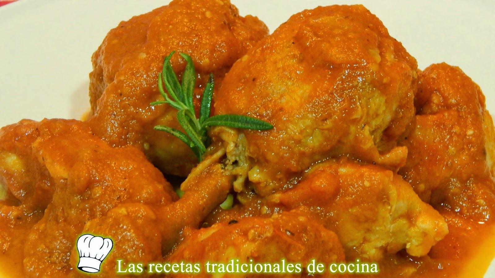 Cómo hacer pollo con salsa de tomate casera