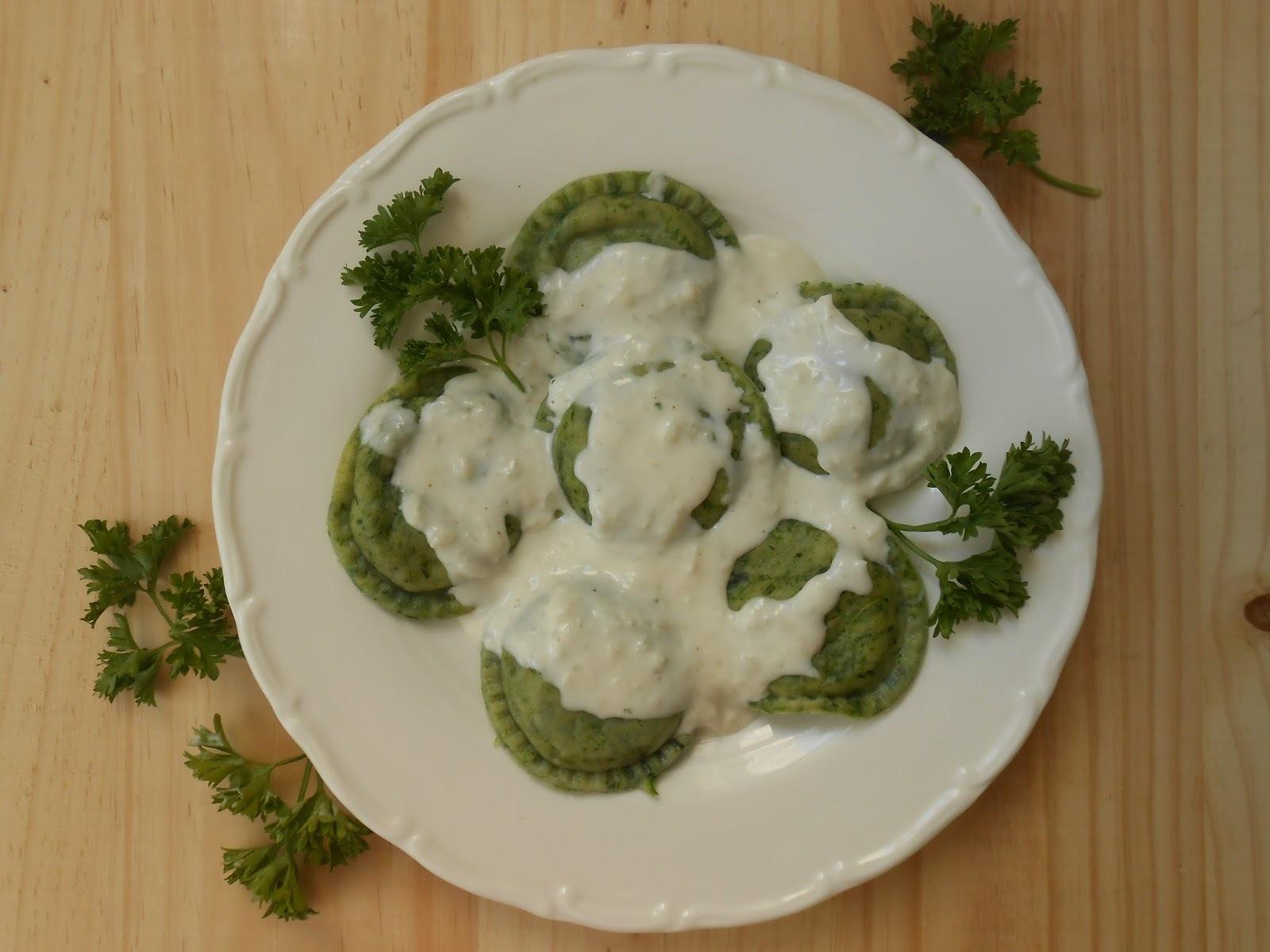 Sorrentinos con masa de espinaca