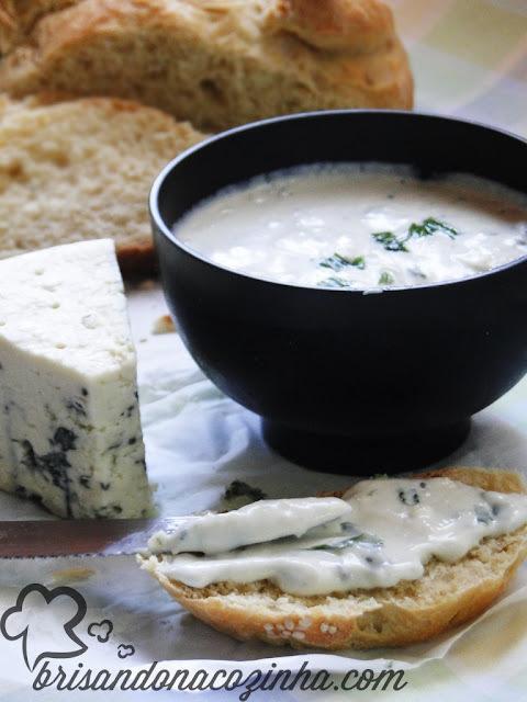 Patê de gorgonzola com iogurte grego