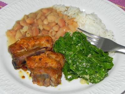 carne de porco cozida e assada