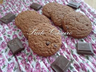 Bolachinhas com chocolate e pepitas de chocolate