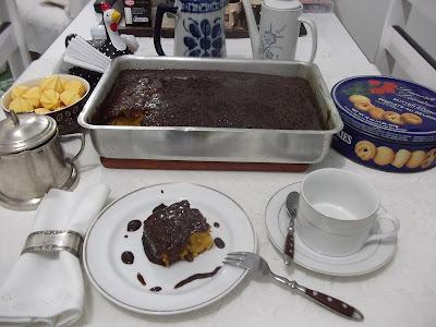 Bolo de Cenoura com Calda de Chocolate