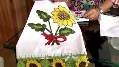 Como fazer um lindo pano de copa com bordados de flores de girassol (Bordado Mexicano)