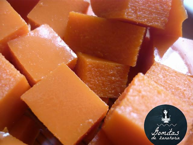 Gomitas caseras de zanahoria