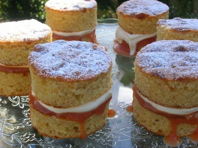 Mini Blood Orange Cakes and Treat Petite Review